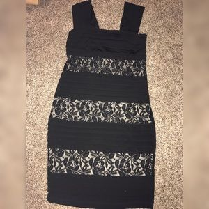 Carole Little Black Lacey Fitted dress size 4 NWT